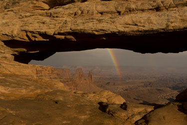 canyonlands mesa arch and rainbow photo