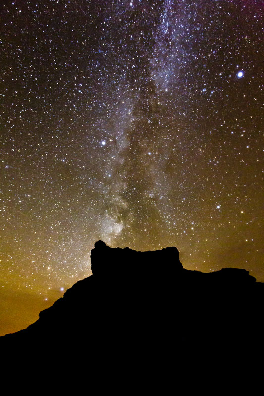 valley of the gods milky way photo